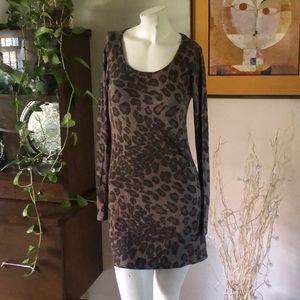 Tops - Leopard long sleeve tunic